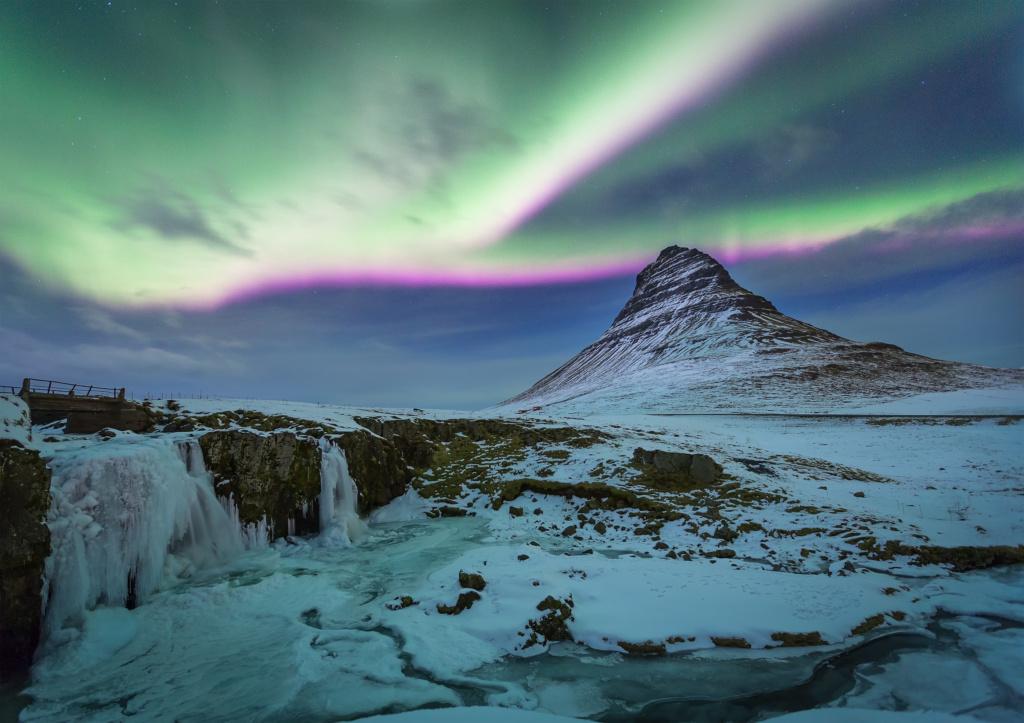 aurora at kirkjufell
