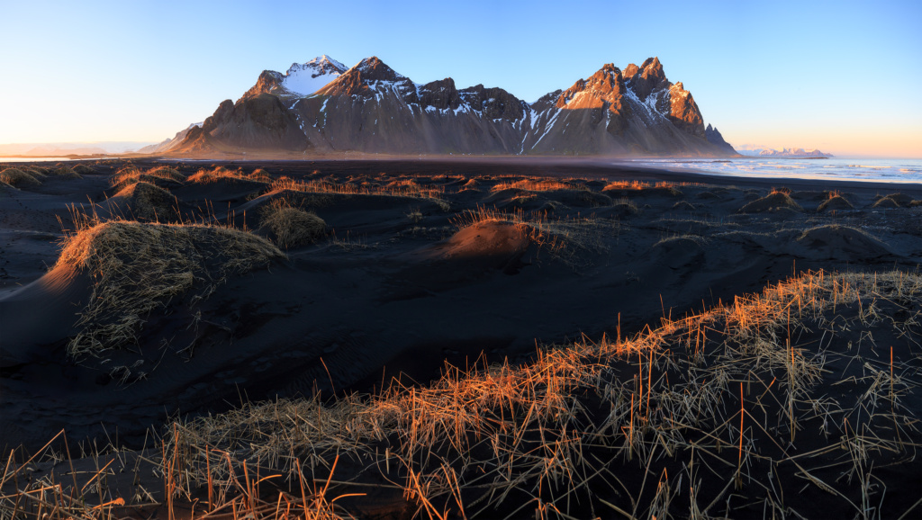 sunset at vestrahorn