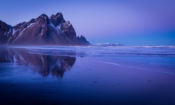 blue hour at vestrahorn